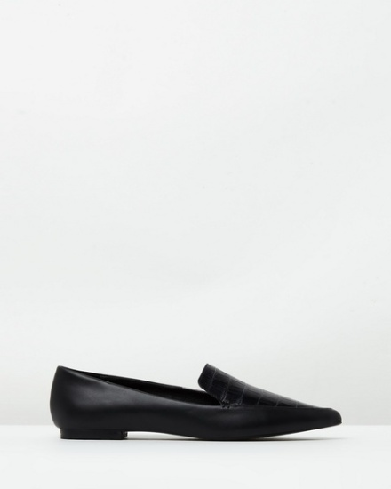 atmos&here audrey pointy leather loafers