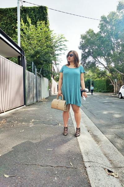 cotton on t-shirt dress and sambag leopard print pony heels (1)