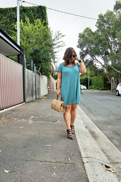 cotton on t-shirt dress and sambag leopard print pony heels (3)