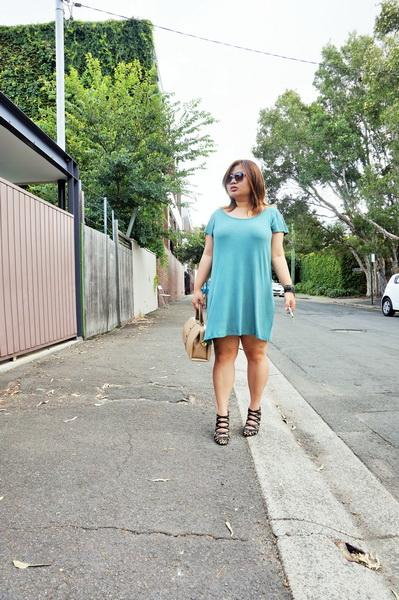cotton on t-shirt dress and sambag leopard print pony heels (4)