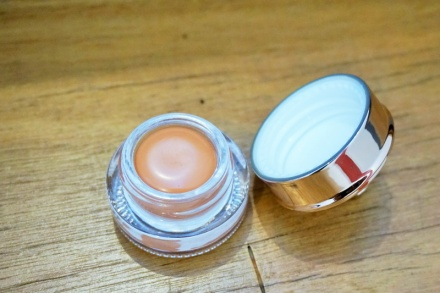 tellmeyblog - royal apothic tinties lip butter - nude (9)