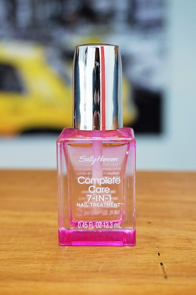 tellmeyblog - Sally Hansen Complete Care 7-in-1 Nail Treatment (1)