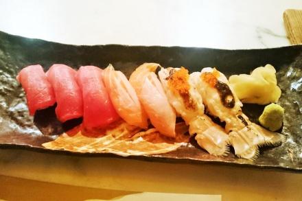 tellmeyblog - sushi e tuna, salmon, and scampi nigiri
