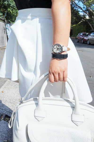 tellmeyblog - black & white details - by johnny mini tuck skirt + marc by marc jacobs bag