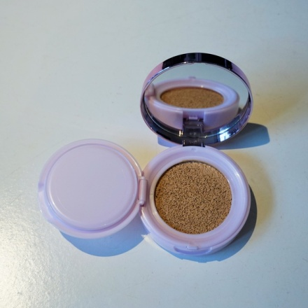 tellmeyblog - L'Oreal Paris Nude Magique Cushion Foundation (5)