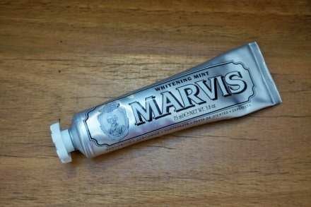 tellmeyblog - marvis whitening mint toothpaste (1)