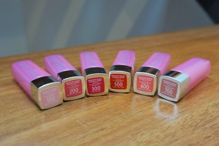 tellmeyblog-rimmel-london-moisture-renew-sheer-and-shine-lipsticks-9