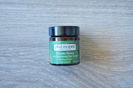tellmeyblog-antipodes-manuka-honey-skin-brightening-eye-cream